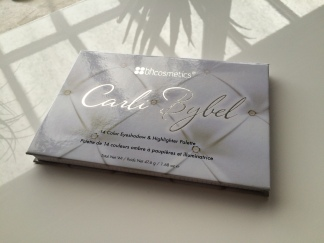 Carli Bybel Palette BH Cosmetics Eyeshadow Review